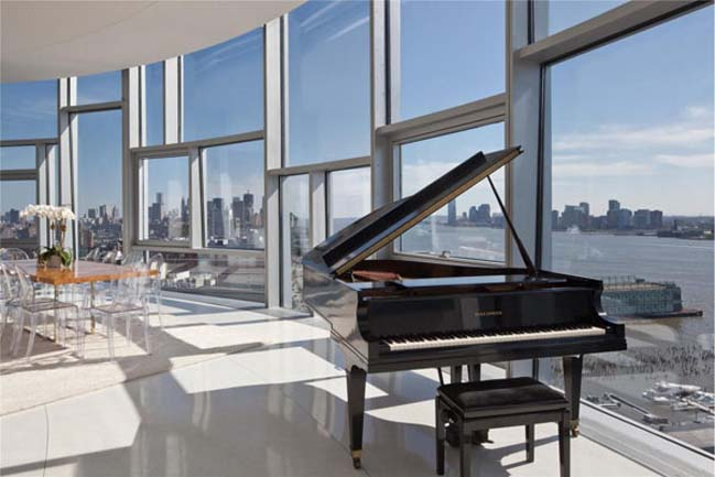 Luxury penthouse with 360 view in New York