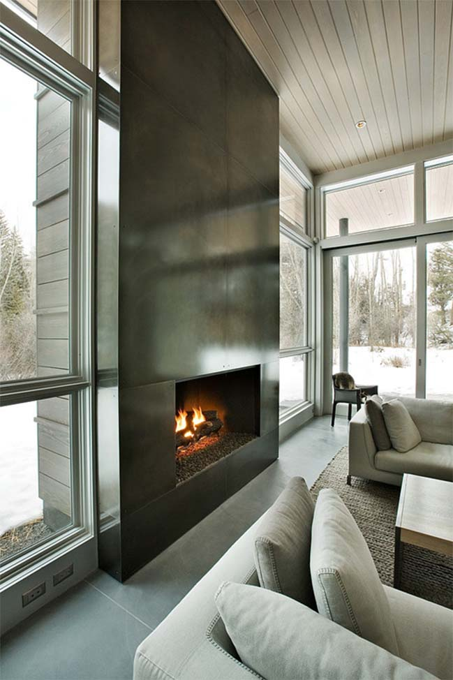 Aspen house with concrete wall
