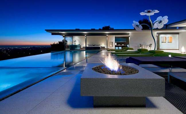 Breathtaking villa in the Hollywood Hills