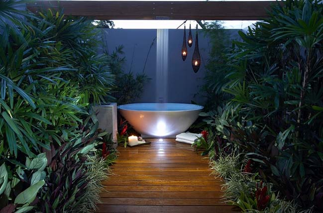17 Amazing Bathrooms Outdoor