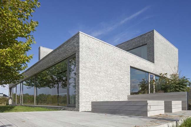 Brick walls villa in The Netherlands