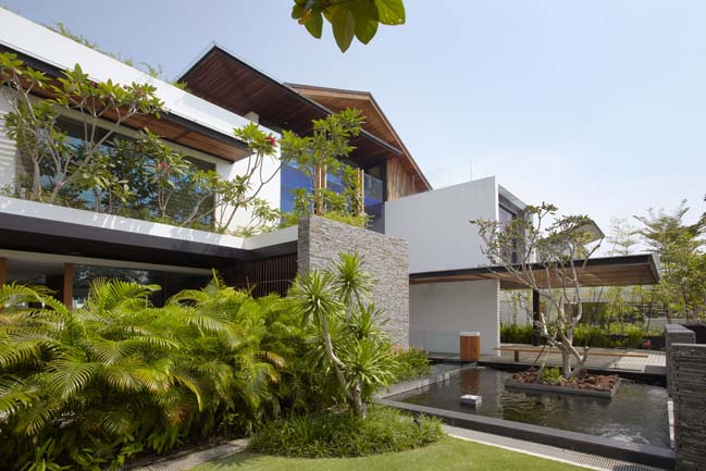 No Fifty8 waterfront villa in Singapore