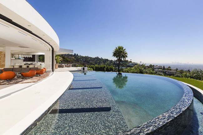 $70 million villa of minecraft creator