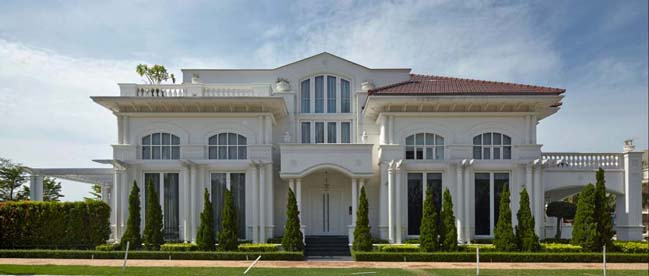 Classic Luxury House classic and contemporary mansion in singapore