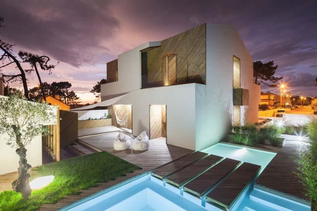 SilverWoodHouse by 3r Ernesto Pereira