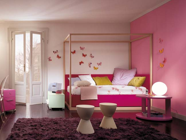 Colorful children bedrooms from Dearkids