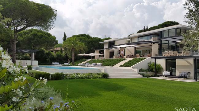 Luxury contemporary villa in St Tropez, France