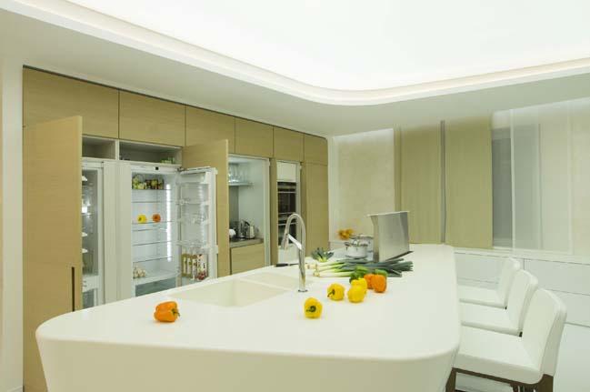 White futuristic penthouse by Latysheva Maria