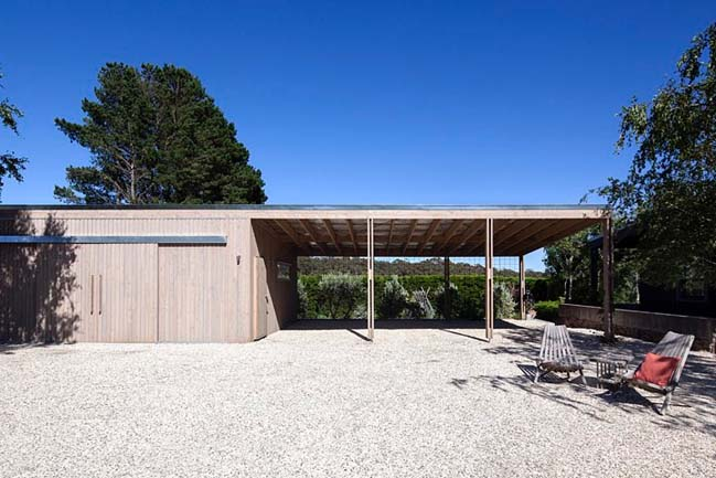 Small wooden villa in countryside Australia