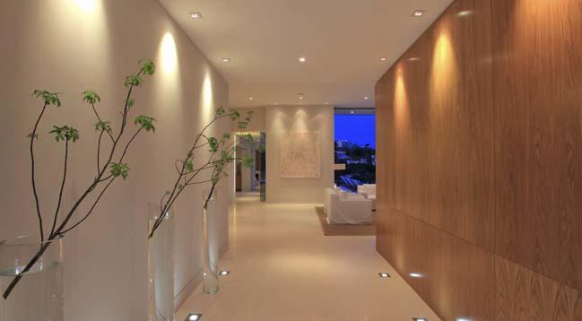 Luxury contemporary villa in Sunset Strip, LA