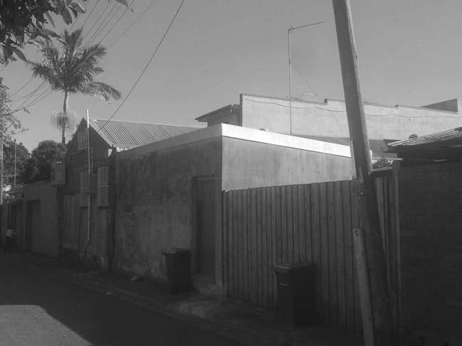 Erskineville Studio: Modern townhouse by Pivot
