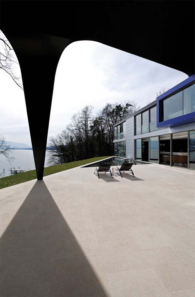 CH Lake House by SAOTA