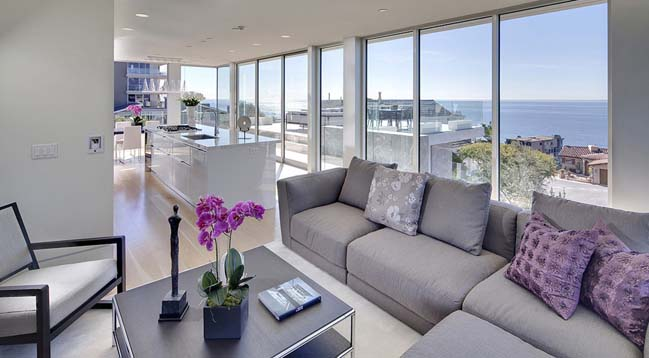 SeaCliff: Luxury villa by McClean Design