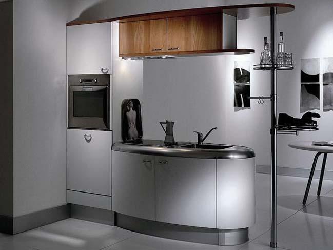 14 wonderful space saving small kitchen designs for Arredare piccole cucine