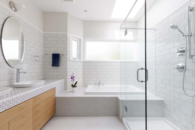 Before after small bathroom design for Modern bathroom ideas 2015