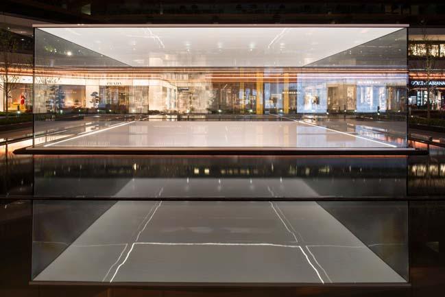 Apple Store in Zorlu by Foster + Partners