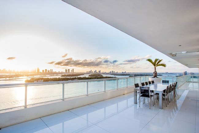 Luxury penthouse in Miami Beach