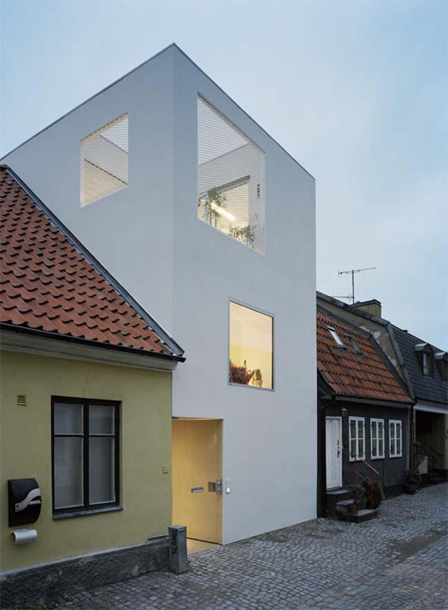 Townhouse in Landskrona by Elding Oscarson