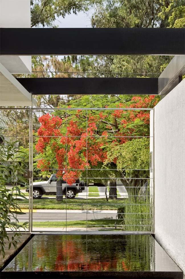 Casa G by Agraz Arquitectors