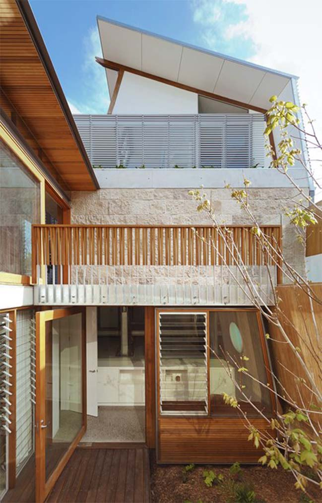 Waverley Residence by CplusC Architects