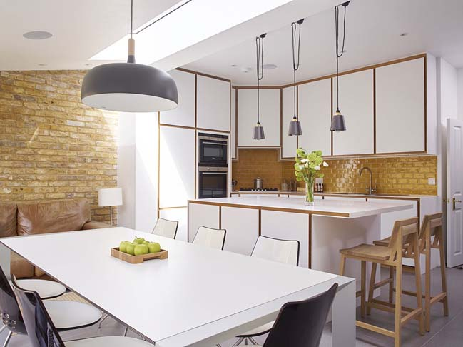 Bespoke kitchen design by Holloways of Ludlow kitchens