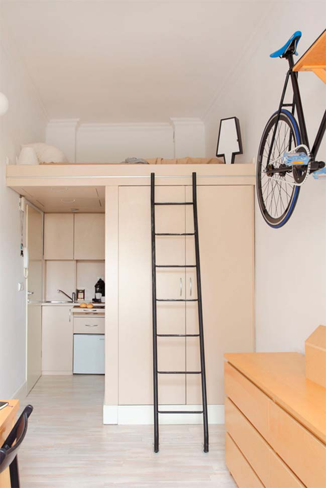Small apartment 13sqm by Szymon Hanczar