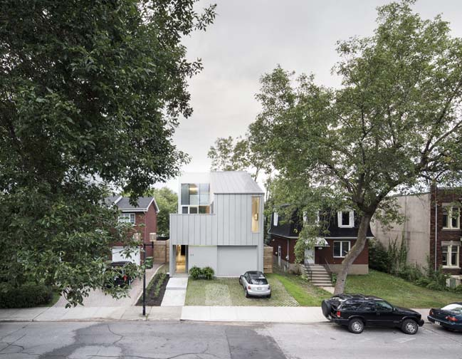 Detached house in Canada by T B A