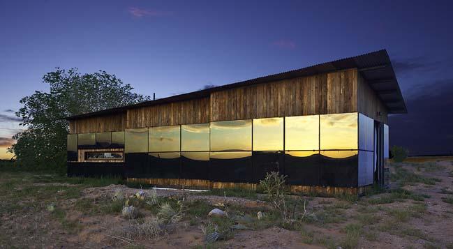 Nakai House by DesignBuildBLUFF