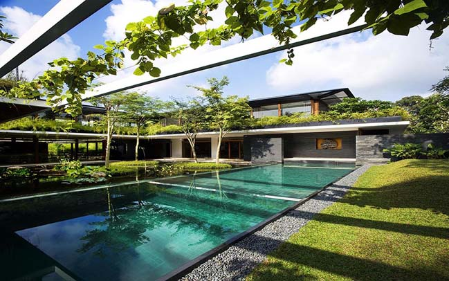 Luxury villa with seamless integration of nature