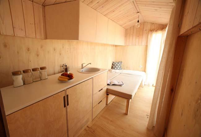 Tiny vacation house by Hristina Hristova