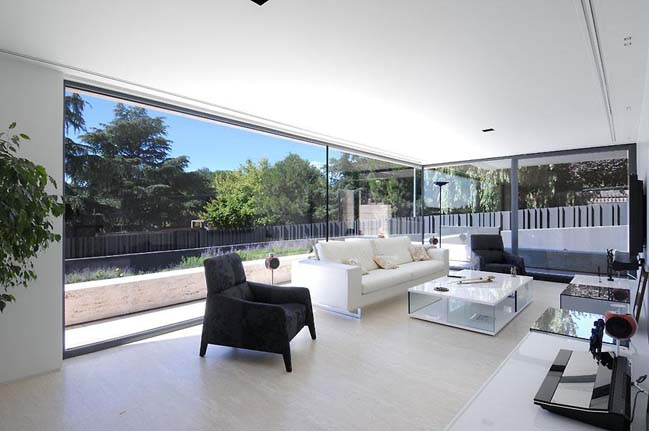 Luxury villa in Spain by A-cero