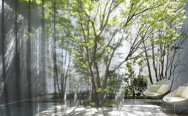 Optical Glass House by Hiroshima Nakamura & NAP
