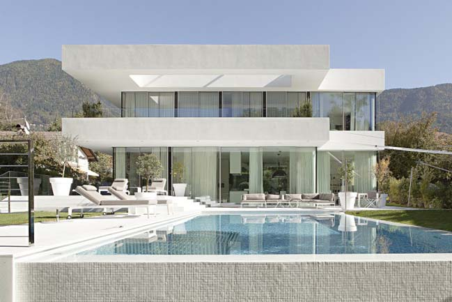 Etonnant Luxury Villa By Monovolume Architecture + Design