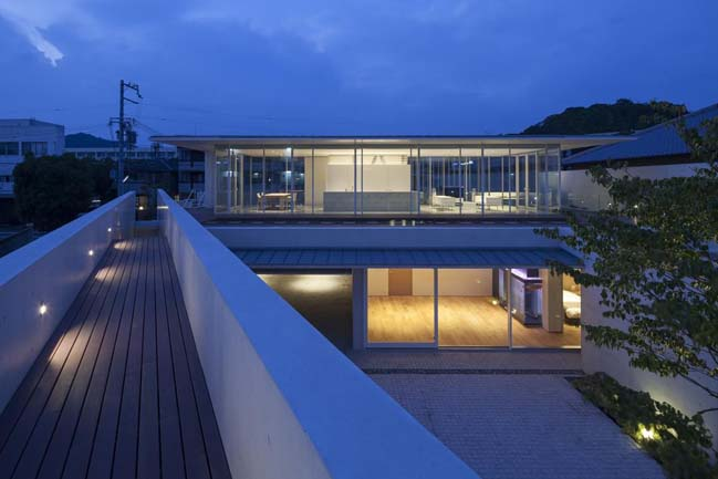 Modern house with an irregular shape in Japan