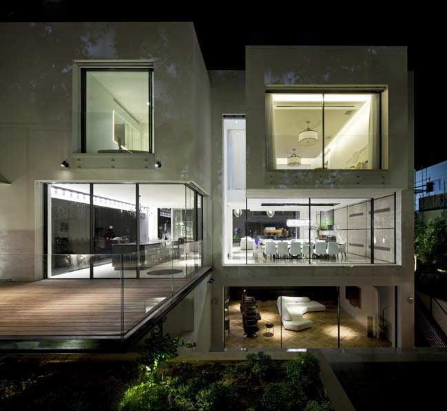 The House of the Hovering Cube