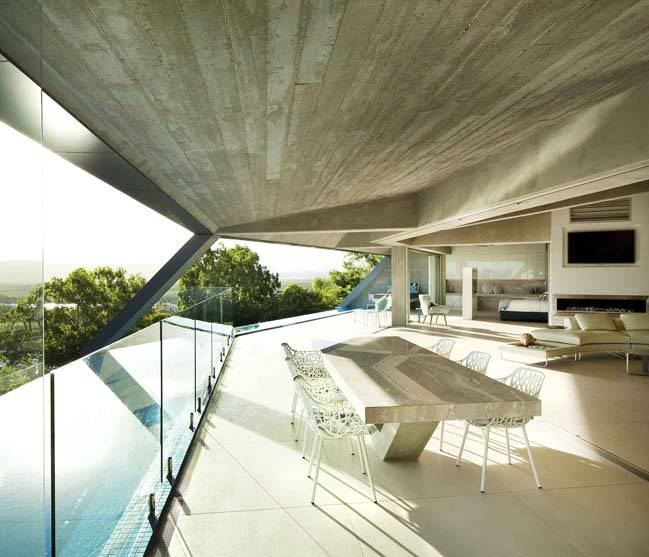The Edge: Amazing futuristic house in Australia