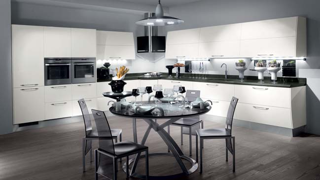 Flux: Modern kitchen design from Scavolini