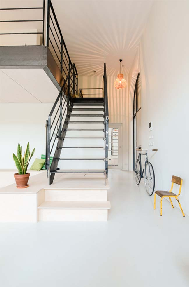 Ons dorp: Apartment renovation by Standard Studio