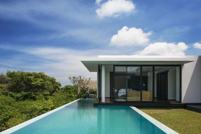 Luxury villa in Bali, Indonesia by Parametr Architecture