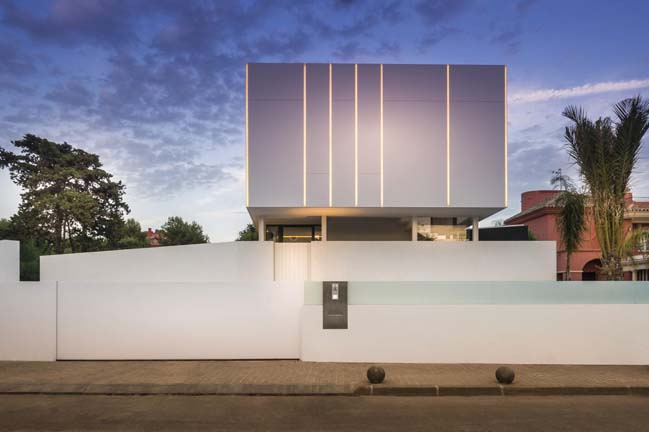 Modern villa be surrounded by water by 123DV