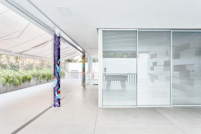 Toy House by Pascali Semerdjian Architects