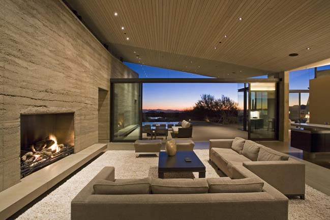 Desert contemporary house design in arizona usa for Home designs usa