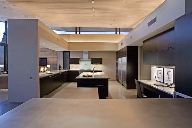 Desert contemporary house design in Arizona, USA