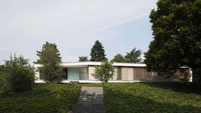 Contemporary home design by lab architecten
