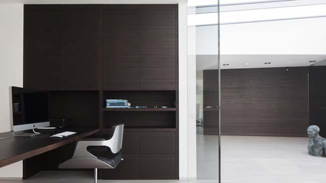 Contemporary home design by lab32 architecten for Interieur architecten
