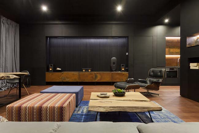LofThai: Office apartment by Soesthetic Group