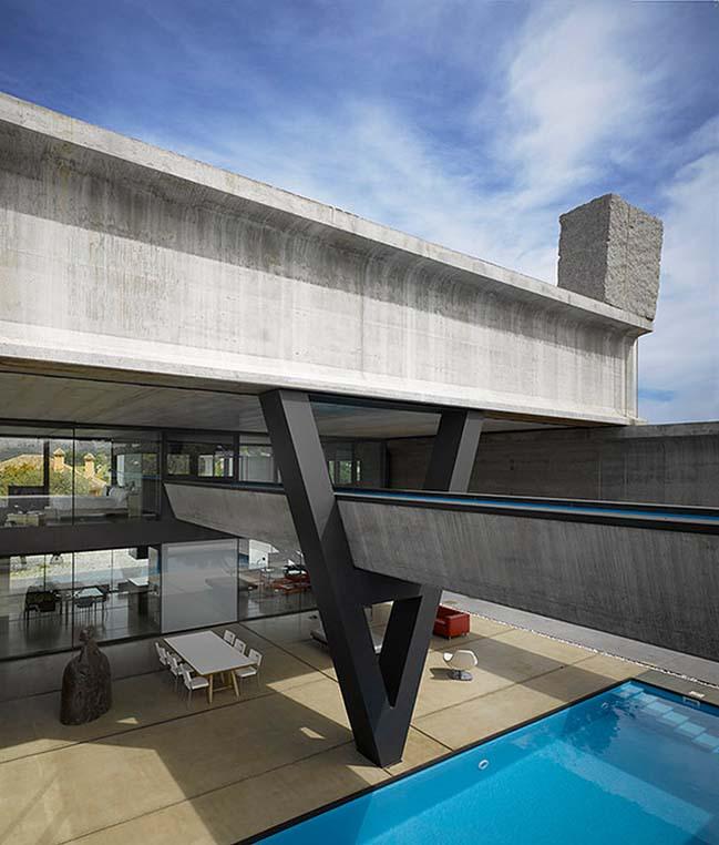 Hemeroscopium House by Ensamble Studio