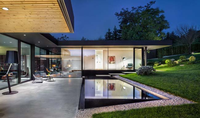 Pagoda House by IO Architects