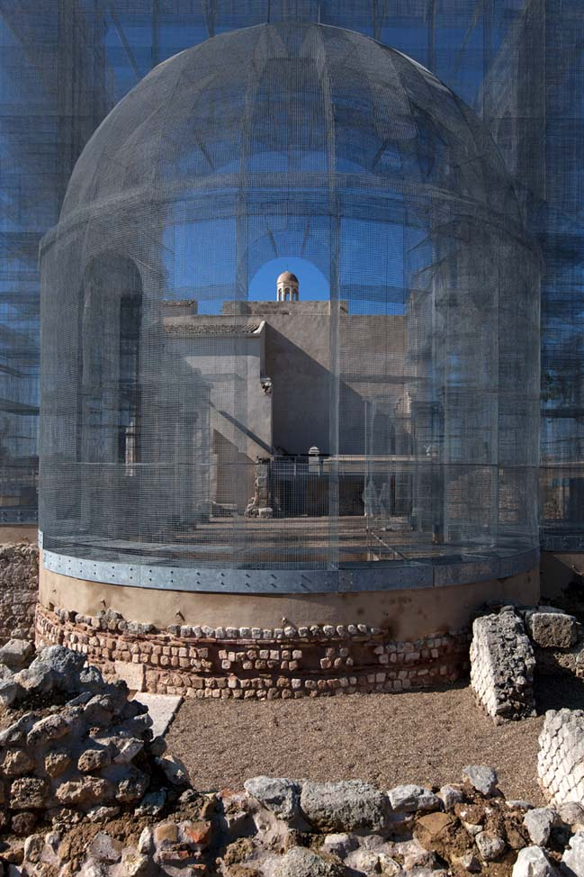 Transparent church using wire mesh by Edoardo Tresoldi