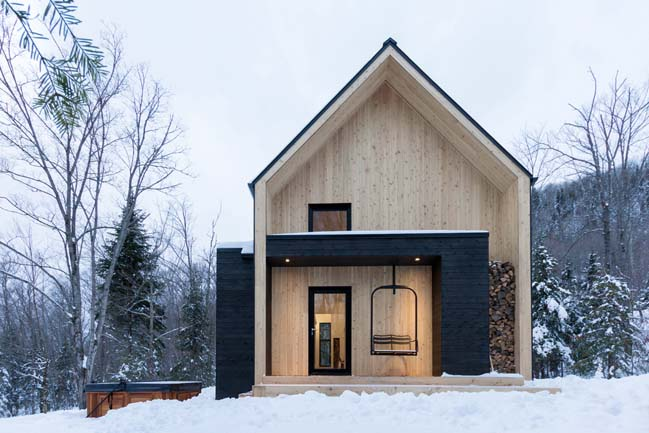 Contemporary cottage by CARGO Architecture